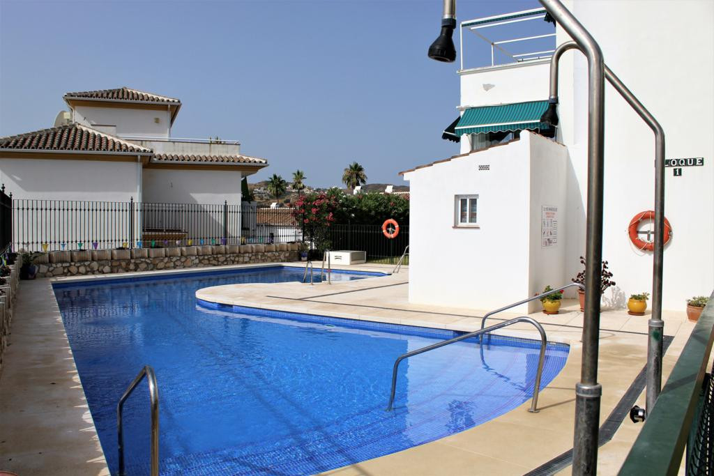 Apartment overlooking the golf of Mijas. Ground floor with 2 bedrooms, 2 bathrooms, fitted kitchen, , Spain