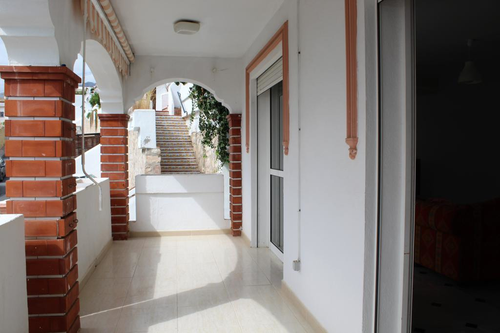3 Bedroom Terraced Townhouse For Sale El Coto