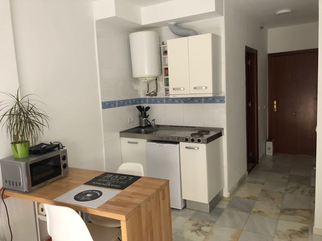 Studio located behind the Corte Ingles of Fuengirola. Furnished and equipped. Close to all services,, Spain