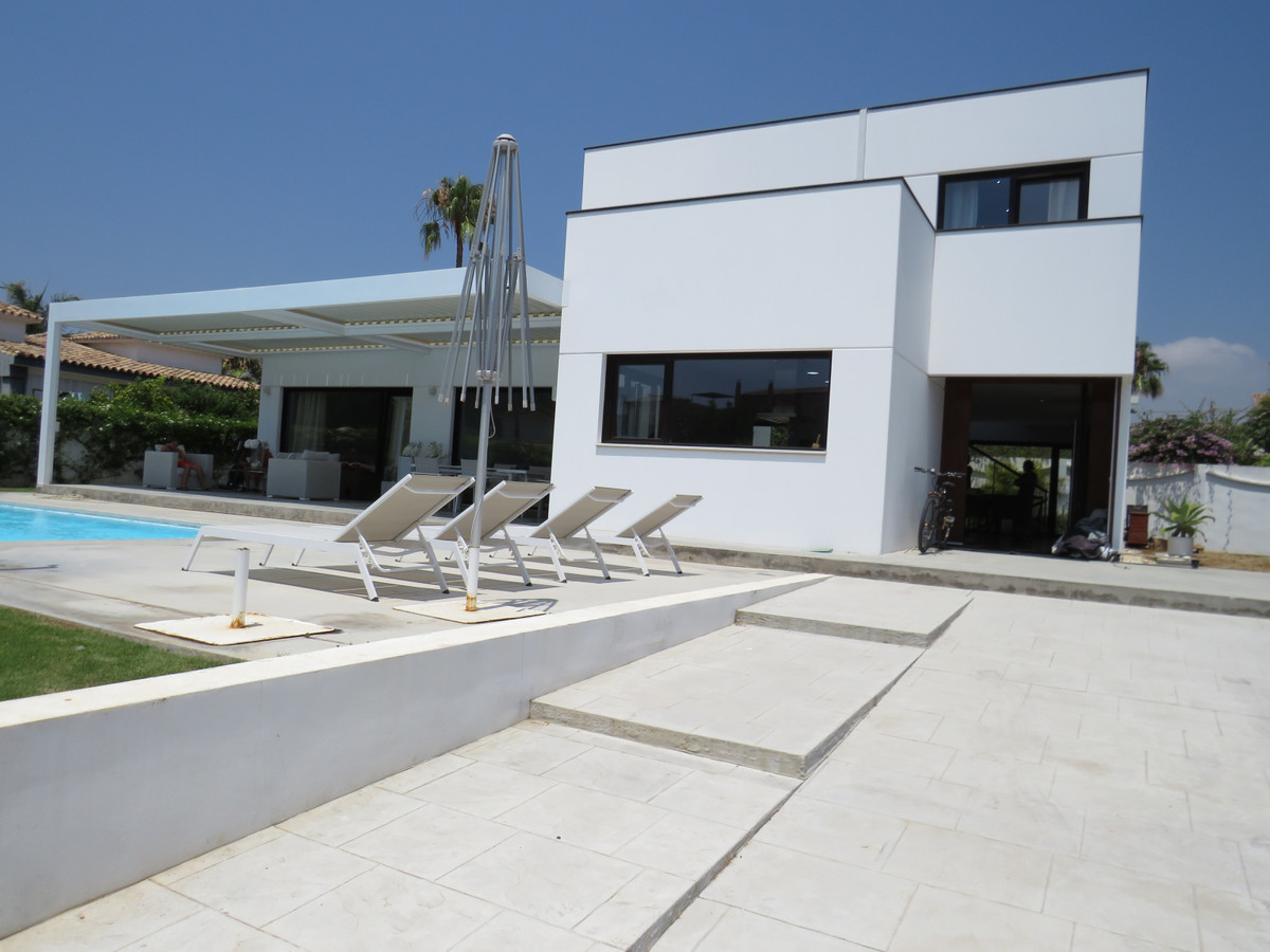Villa - Chalet a la venta en San Pedro de Alcántara