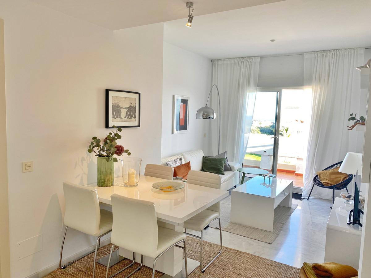 R3229501 | Penthouse in Estepona – € 175,000 – 2 beds, 1 baths