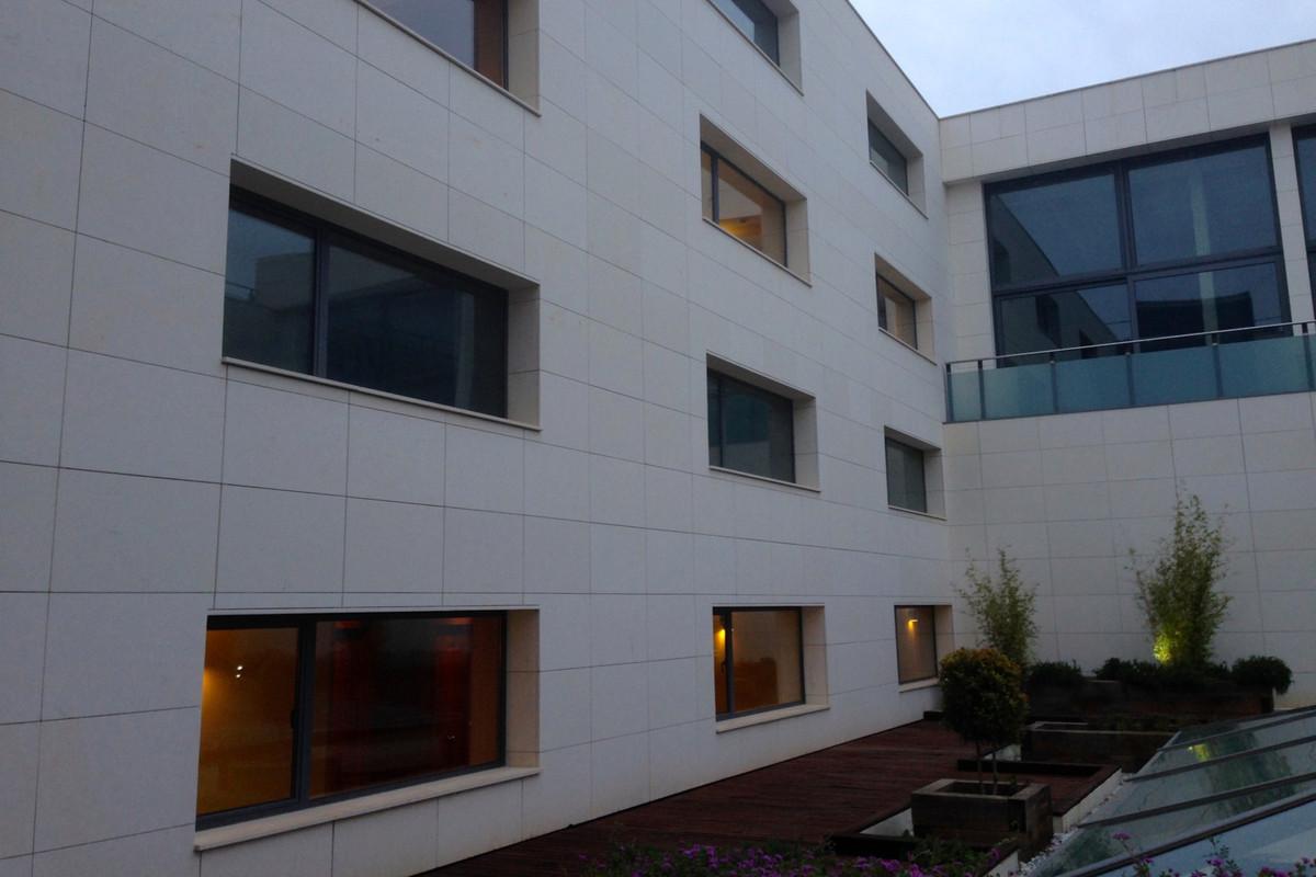 Office, Malaga Este, Costa del Sol. Built 88 m².  Setting : Suburban, Commercial Area, Village, ClosSpain