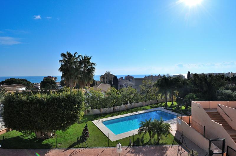 Средний этаж квартира для продажи, Torremolinos – R3333706
