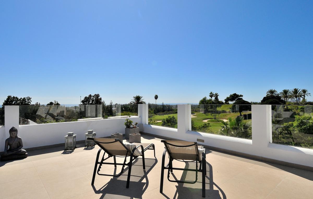 Apartment in La Quinta R3527830 2