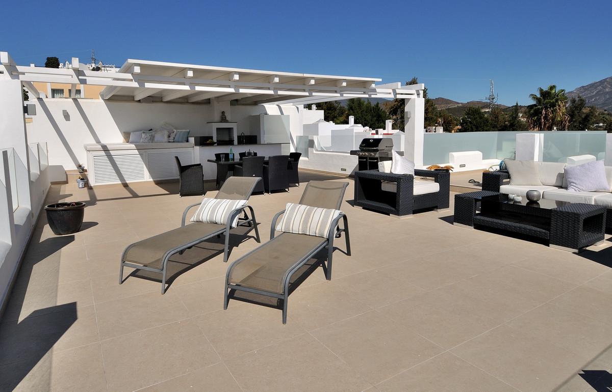 Apartment in La Quinta R3527830 8