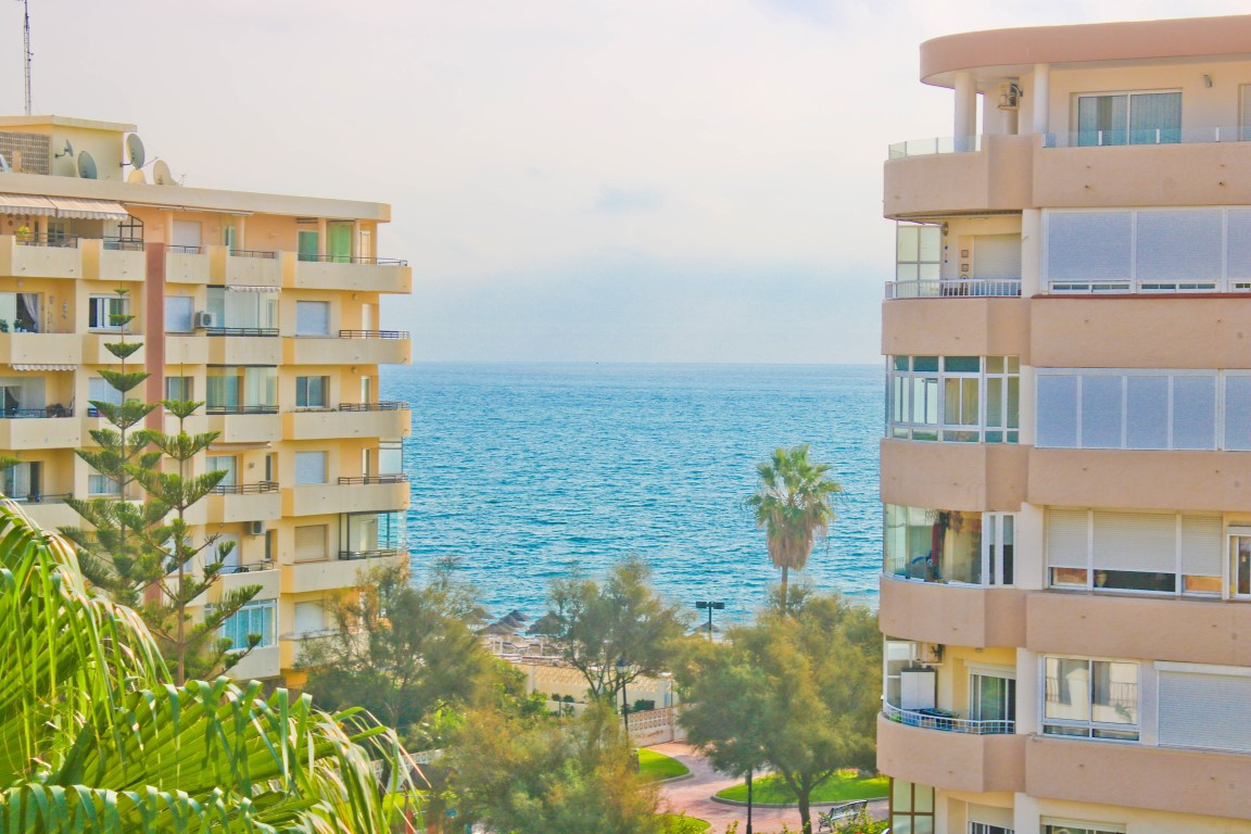 Fantastic apartment in the best area of Fuengirola, Alberto Morgenstern Street, in the prestigious A Spain