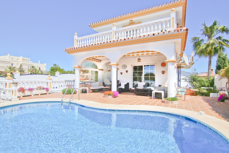 Detached Villa - Fuengirola - R3230611 - mibgroup.es