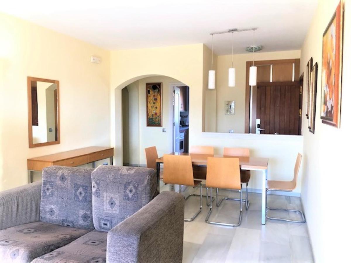 Øverst Etage Lejlighed i Riviera del Sol R3570151