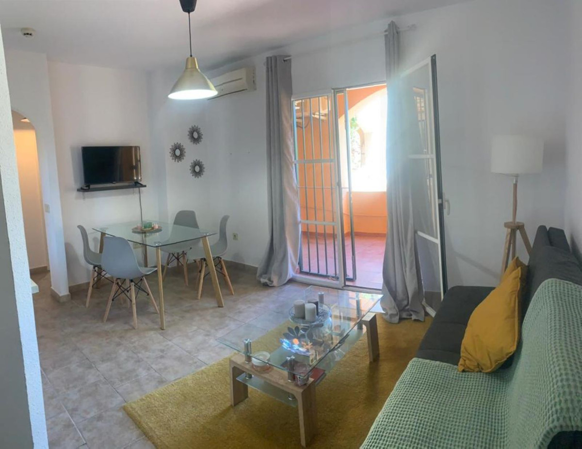 Cozy apartment with great rental potential throughout the year in Riviera del Sol, Mijas-Costa.  Loc, Spain