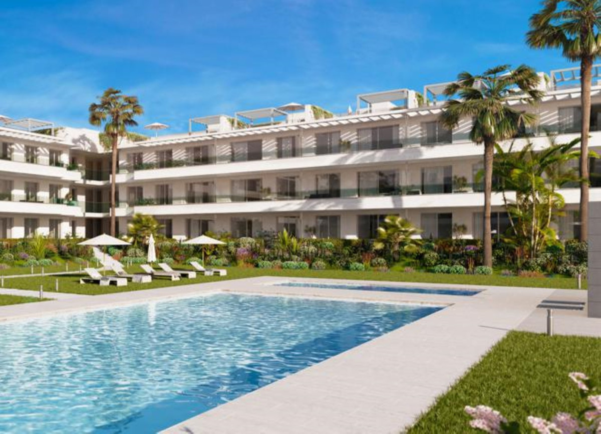 Brand new 3 bedroom & 2 bathroom apartment. Open plan kitchen is integrated into the living givi,Spain