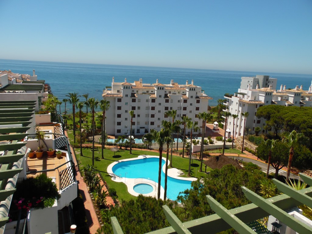 EXCELLENT OPPORTUNITY!  Stunning Sea View Penthouses in the well known beach complex of Mi Capricho ,Spain