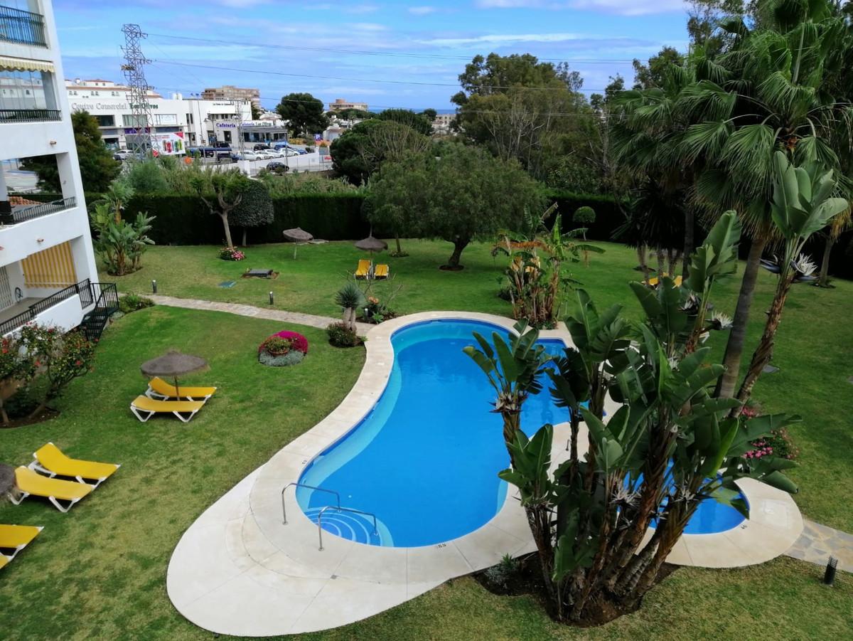 Apartamento en Venta en Calahonda – R3405049