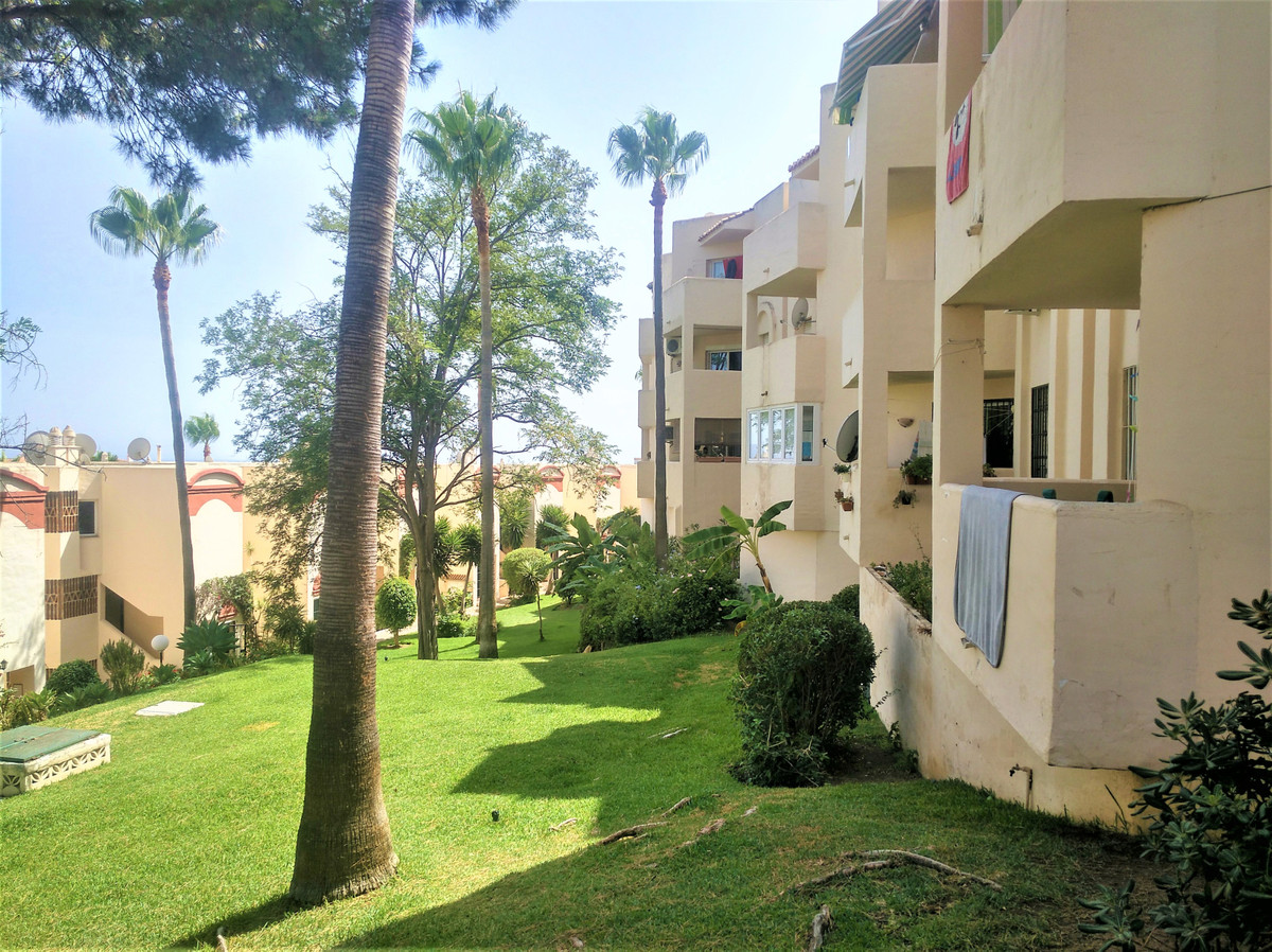 FANTASTIC BARGAIN!  HOLIDAY HOME / RENTAL OPPORTUNITY WITHIN WALKING DISTANCE TO AMENITIES AND THE B,Spain