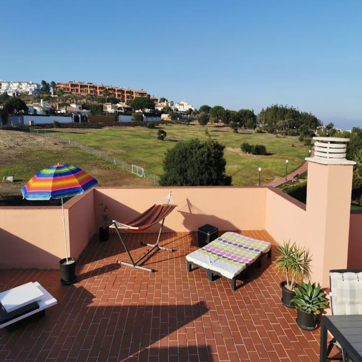 EXCELLENT PENTHOUSE with solarium in Manilva! Perfectly furnished, 3 bedrooms, bathroom and toilet, ,Spain