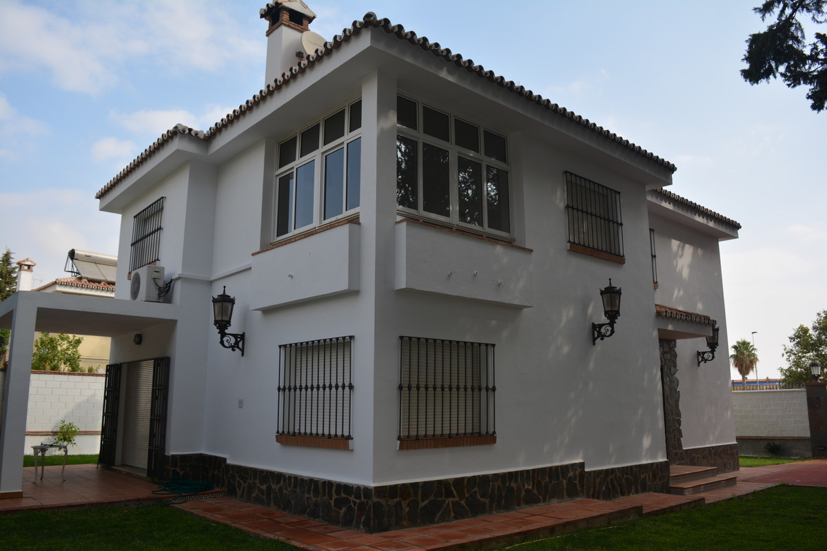 R3234343: Villa in Churriana