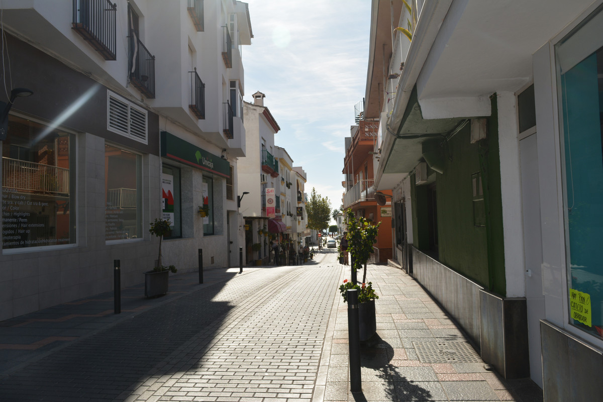 Freehold building in the heart of La Cala de Mijas.  Located on a corner overlooking the boulevard, ,Spain