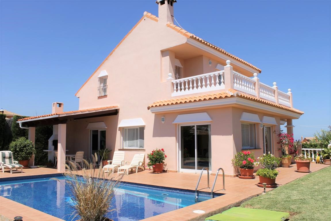 LOCATED IN A QUIET CUL-DE-SAC THIS BRIGHT MODERN VILLA WITH PRIVATE POOL ENJOYS SEA VIEWS AND COMPLE,Spain