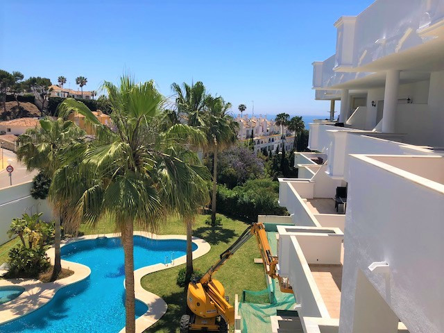 The apartment  comprises an entrance hall, 1 spacious Master bedroom, with wardrobes and ensuite bat,Spain