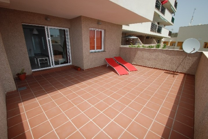 Attractive apartment with 2 bedrooms and 1 bathroom in a popular residential area of ??Miraflores, M,Spain