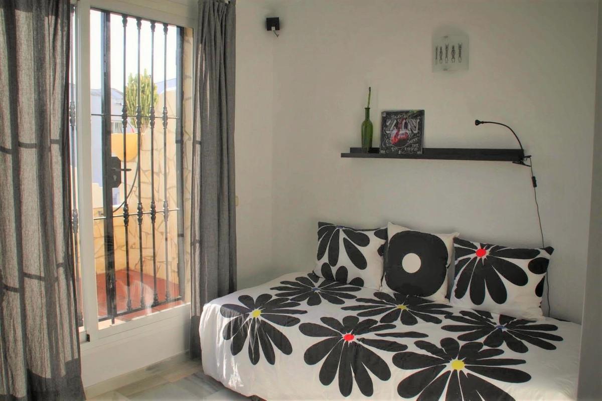 Adosada  en venta en  Reserva de Marbella, Costa del Sol – R2899733