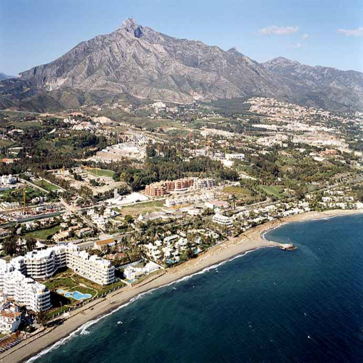 Plot building land 10,000 m2. First line beach in Marbella, segregated into 4 plots with project app, Spain