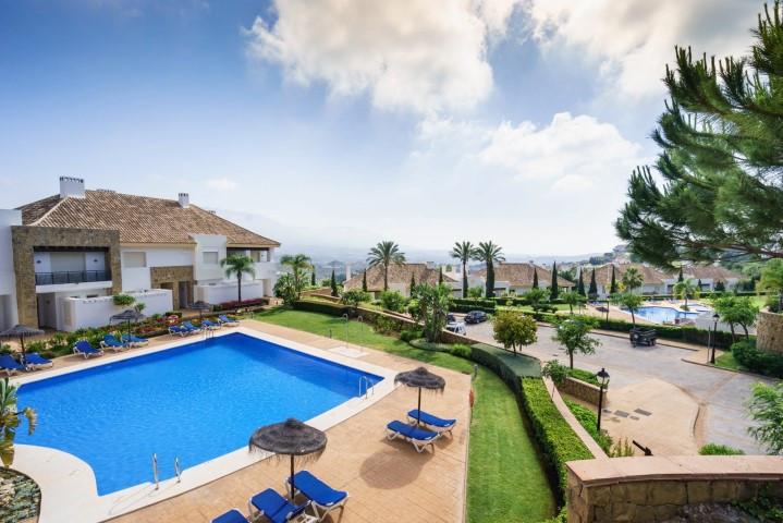 Marbella Banus Adosada a la venta en La Cala Golf – R2954927