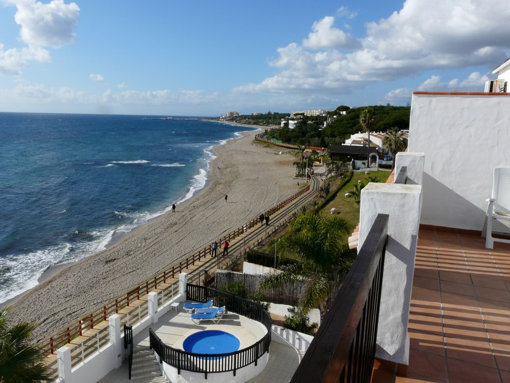 Opportunity!  This 2,5 bed 2 bath Penthouse with open sea view is a great opportunity for anybody wh,Spain