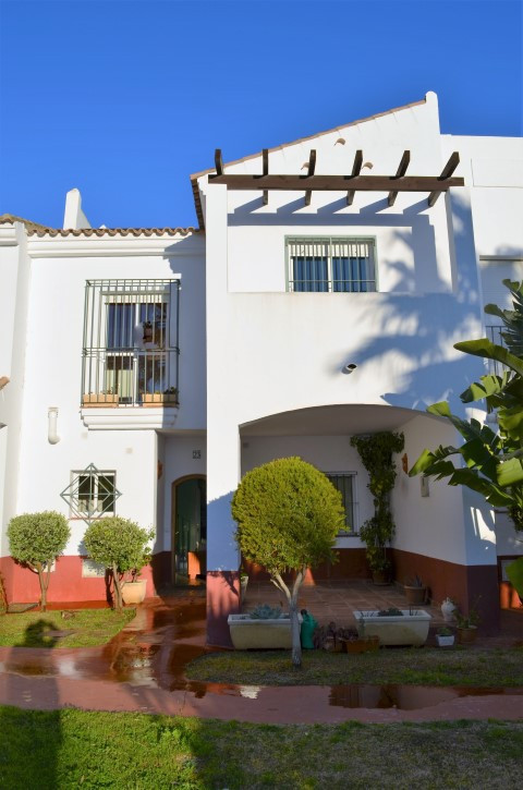 For saleI; Nice townhouse of 145m2 in Costa Ballena, Rota, Cadiz.  Located in one of the most presti,Spain