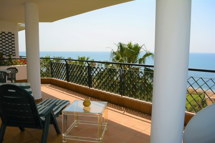 This is a stunning first-line southwest facing apartment with incredible sea views from the large te Spain