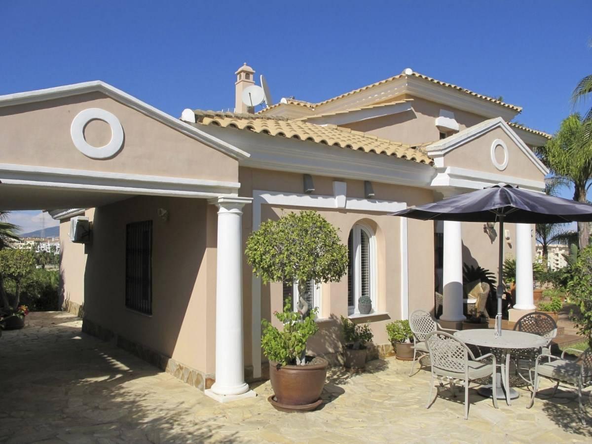 Detached Villa in Miraflores R3225919