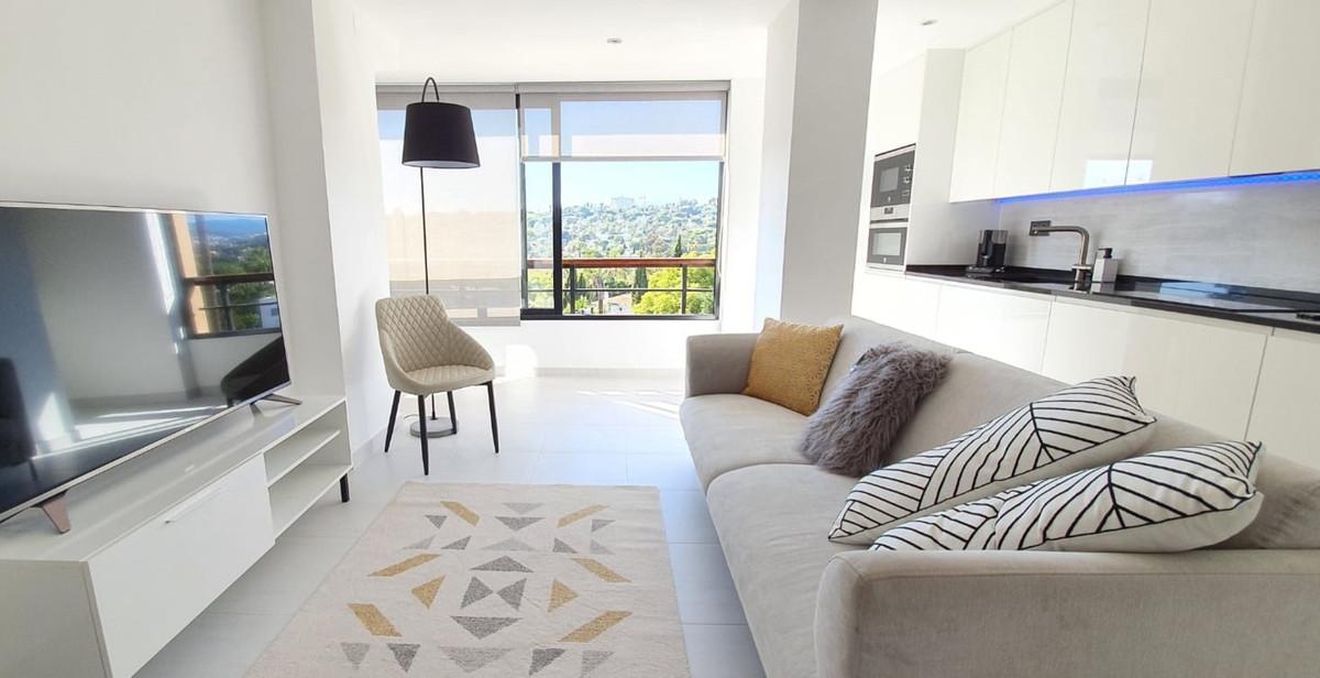 Apartamento en Venta en Aloha – R3698945
