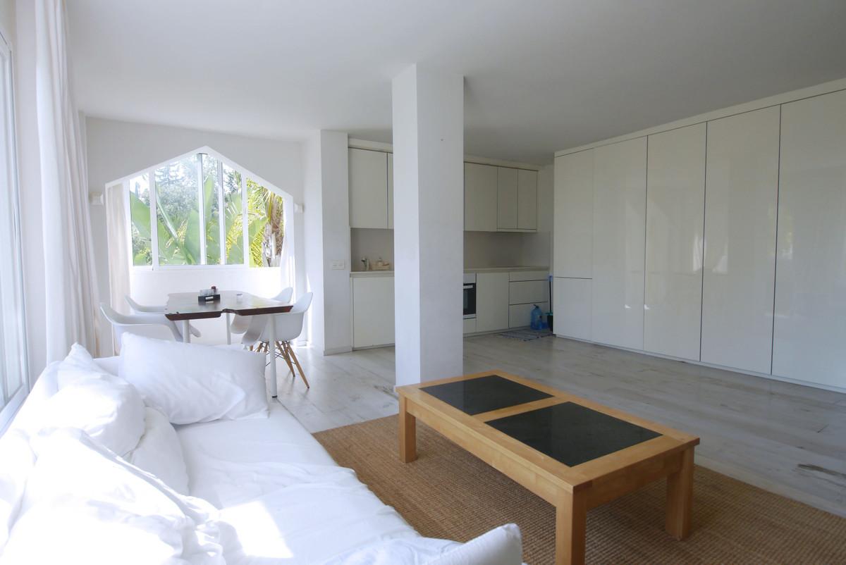 2 Bedroom Apartment for sale Las Chapas