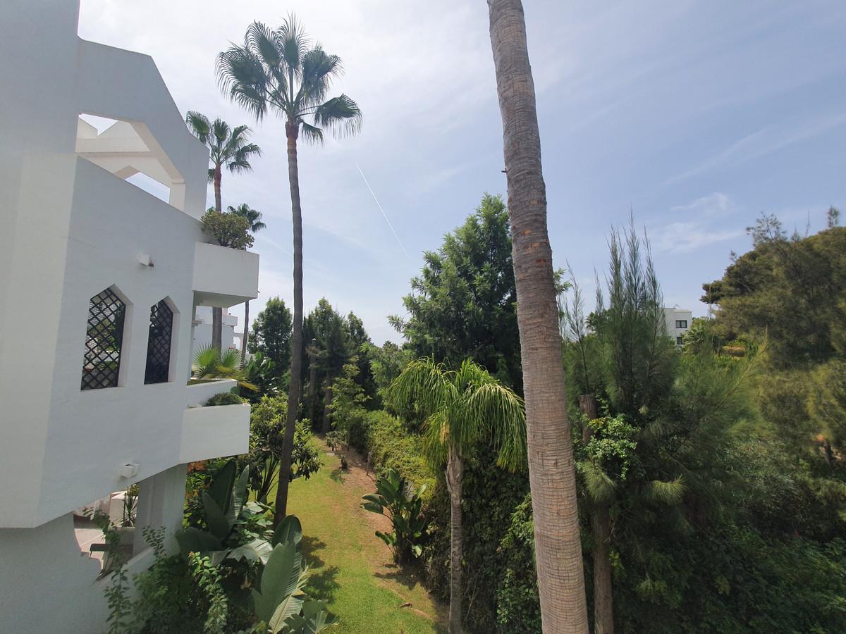 Marbella Banus Apartamento en Venta en Las Chapas – R3920920