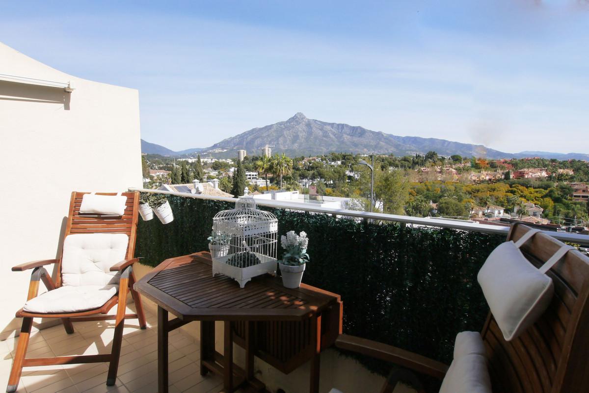 Marbella Banus Apartamento en Venta en Nueva Andalucía – R3288076