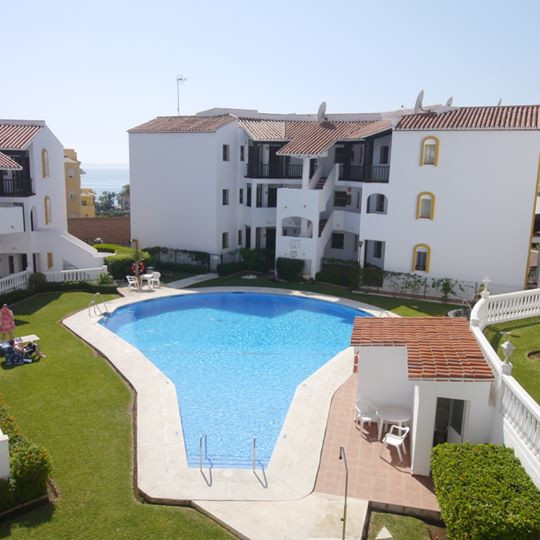 Beautiful modern and recently renovated apartment in Riviera del Sol. The apartment has one bedroom ,Spain