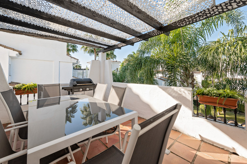 Apartments for sale in Nueva Andalucia 11