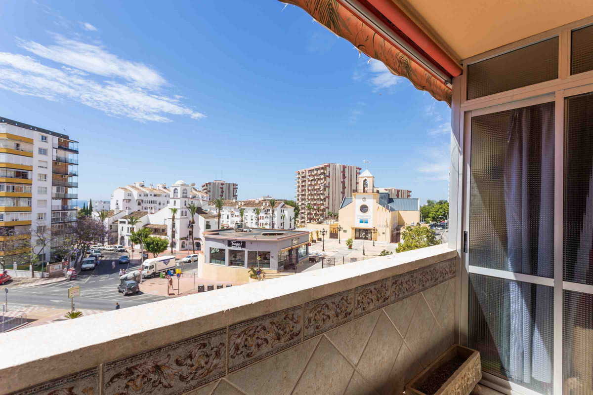 Apartment in a very centric area of Benalmadena, Arroyo de la Miel. Located close to Parque de la Pa, Spain
