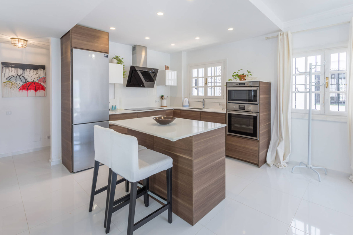 Marbella Banus Apartamento en Venta en Nueva Andalucía – R3039839