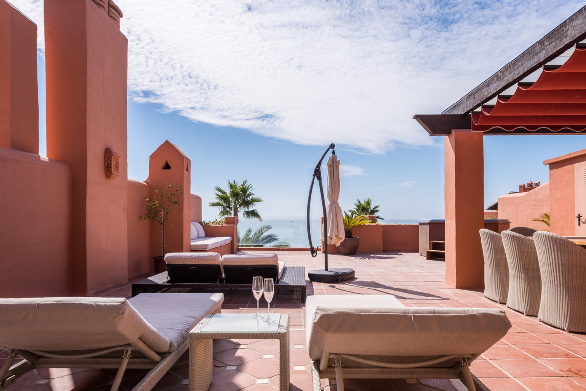 Exclusive Penthouse in La Morera   Located in a first line beach complex with 24 hours security with,Spain