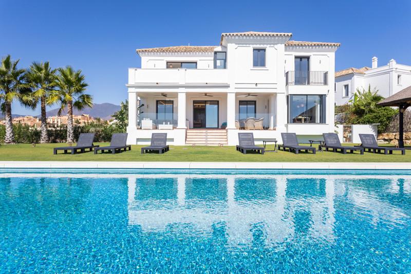 Villas In Casares 5