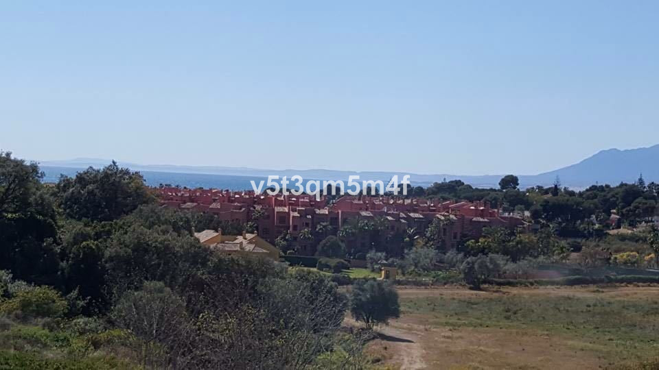 Magnificent 2 bedrooms 2 bathrooms sea and mountain views with garage and storage. It is in a privil, Spain