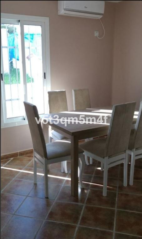 Semi-detached house with 2 floors, completely renovated, in Urbanization Mar y Monte. New kitchen wi, Spain