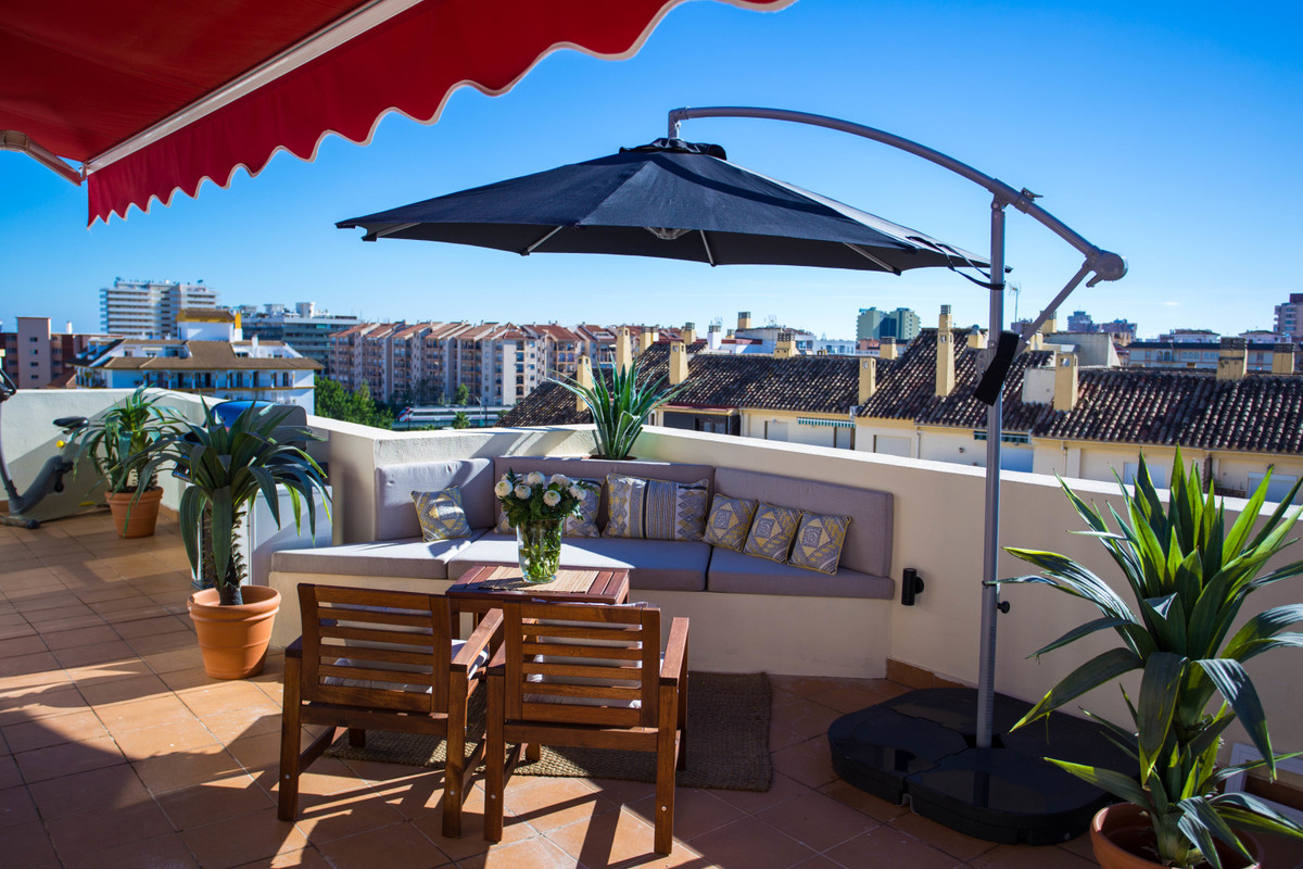 Penthouse, Los Boliches, Costa del Sol. 3 Bedrooms, 3 Bathrooms, Built 84 m2;, Terrace 80 m2;.  Sett, Spain