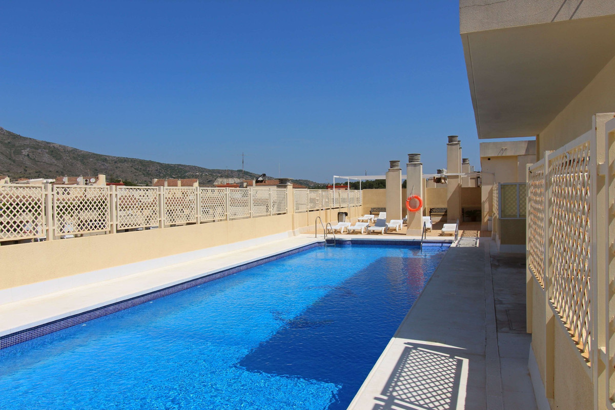 Big apartment in a beautiful residential area near all amenities. The apartment has an independent k, Spain