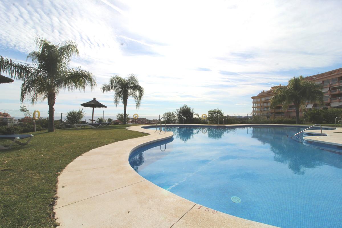 Ground Floor Apartment, Fuengirola, Costa del Sol. 3 Bedrooms, 2 Bathrooms, Built 112 m², Terrace 10,Spain