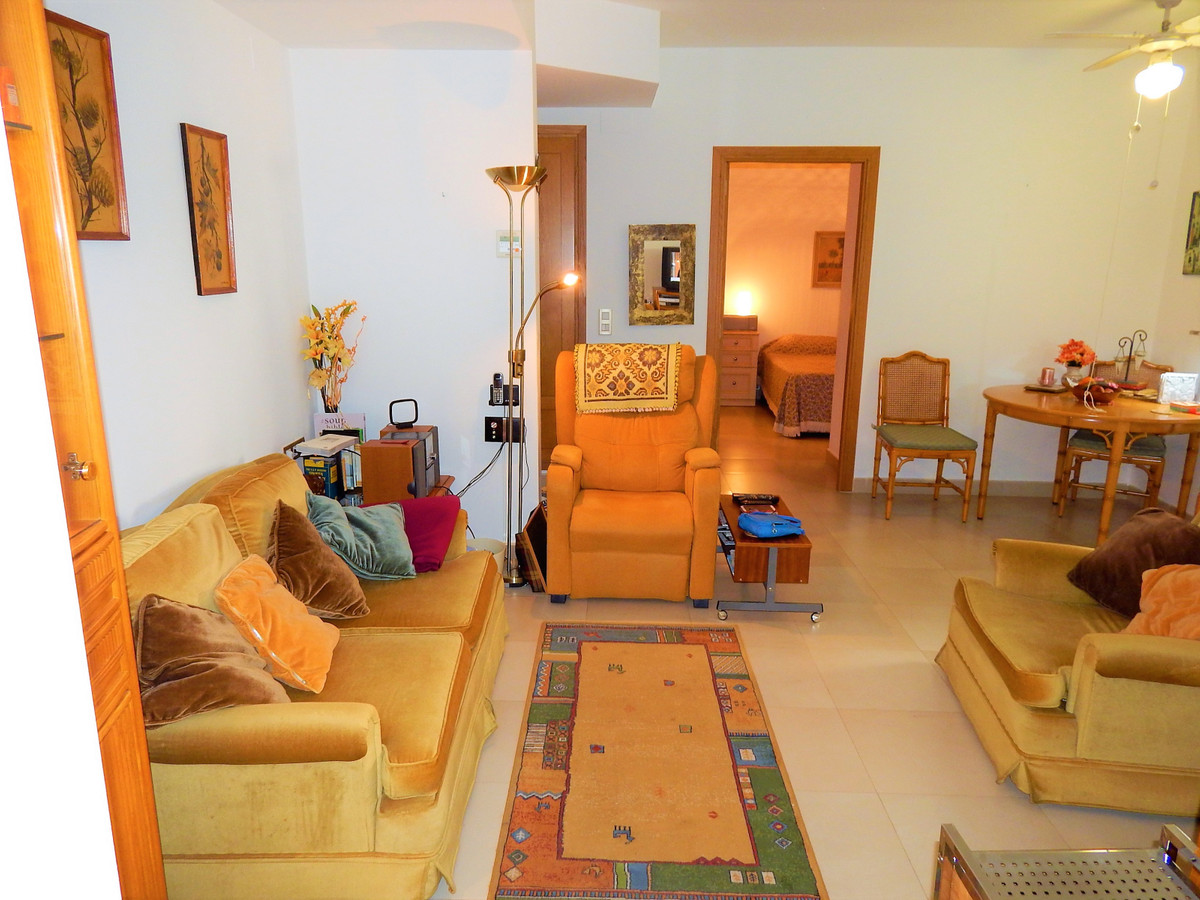 2 Bedroom Apartment for sale Benalmadena