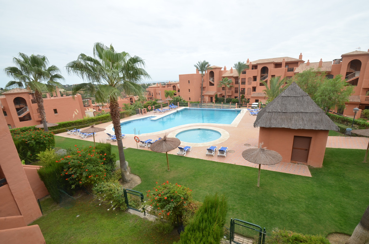 Penthouse, Benahavis, Costa del Sol. 3 Bedrooms, 2 Bathrooms, Built 0 m².  Setting : Close To Golf, , Spain