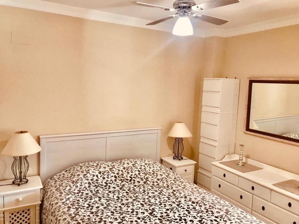 Apartamento en Venta en Atalaya – R3839500