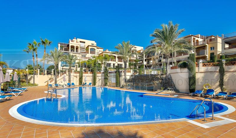 Marbella Banus Apartamento Planta Baja en venta en Atalaya – R3626807