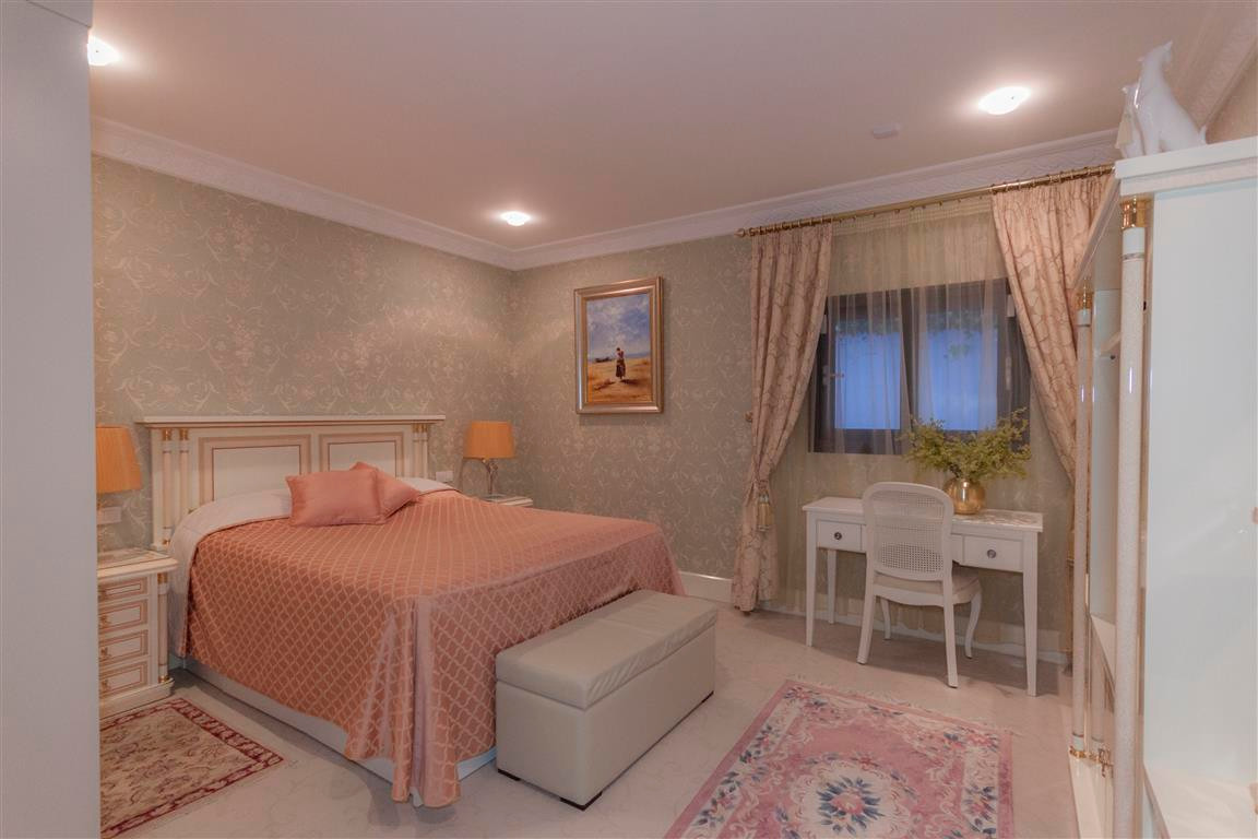 House in Marbella R2874281 11
